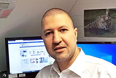 Türgriff Shop Schröder - Online Shop für Türgriffe - Herr Hallert - Auftragsbearbeitung und Kundenbetreuung