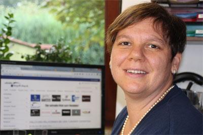 Team vom Türgriff Shop Schröder - Annette Schwiderski - Kundenbetreuung und Ass. Geschäftsleitung